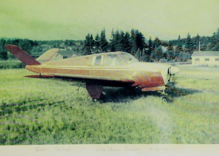 Gary Sellick's Plane - 09-15-1952